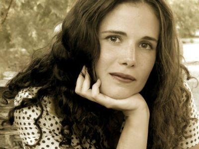 Eva Ganizate